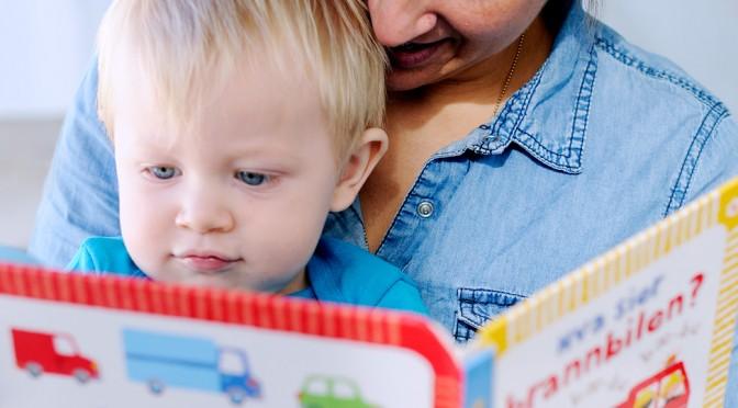 Hvordan lese for barn som er 12-18 måneder?