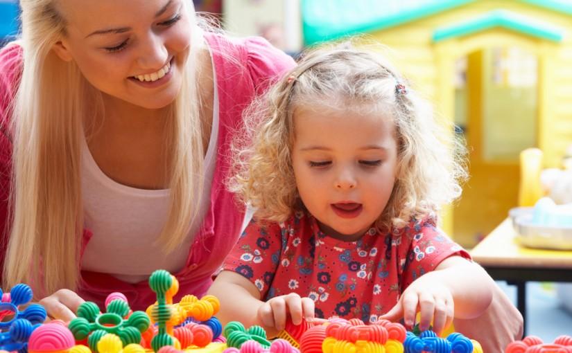 Syv tips til hvordan du og barnet ditt kan leke dere inn i matematikkens verden.
