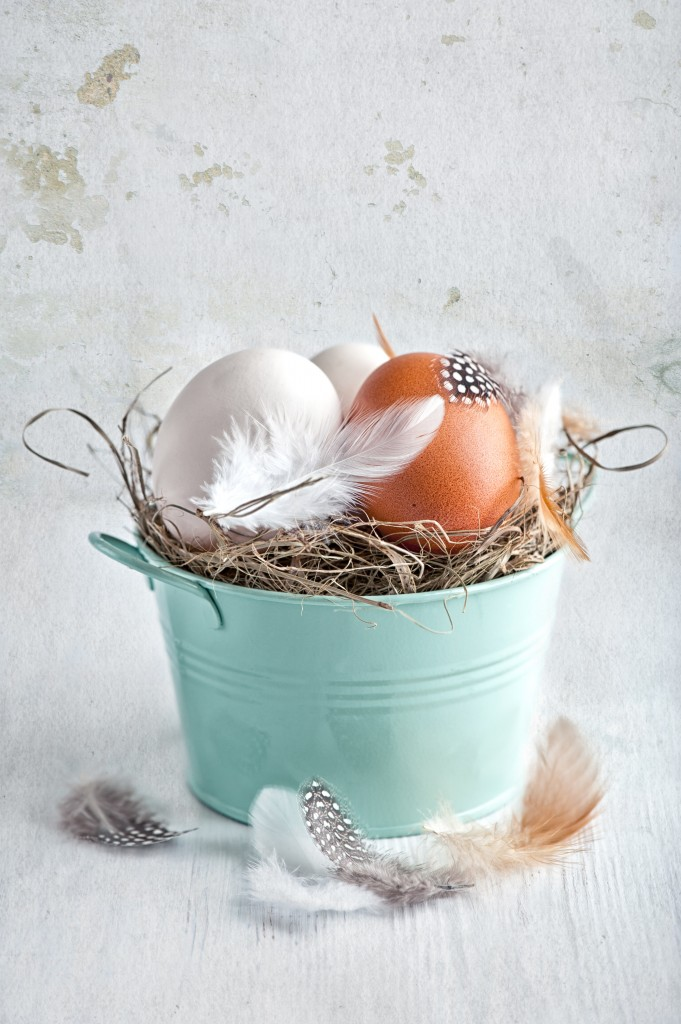 Påske-egg på strå