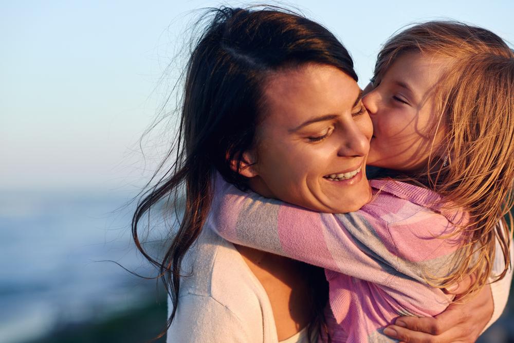 Omsorgsfulle mødre får smartere barn - rett og slett. Illustrasjonsfoto: Shutterstock