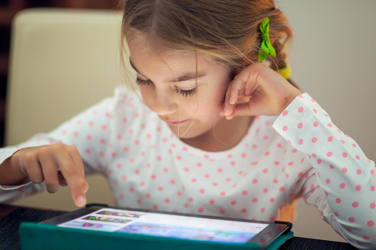 3 grunner til å velge barnebøker fremfor nettbrett